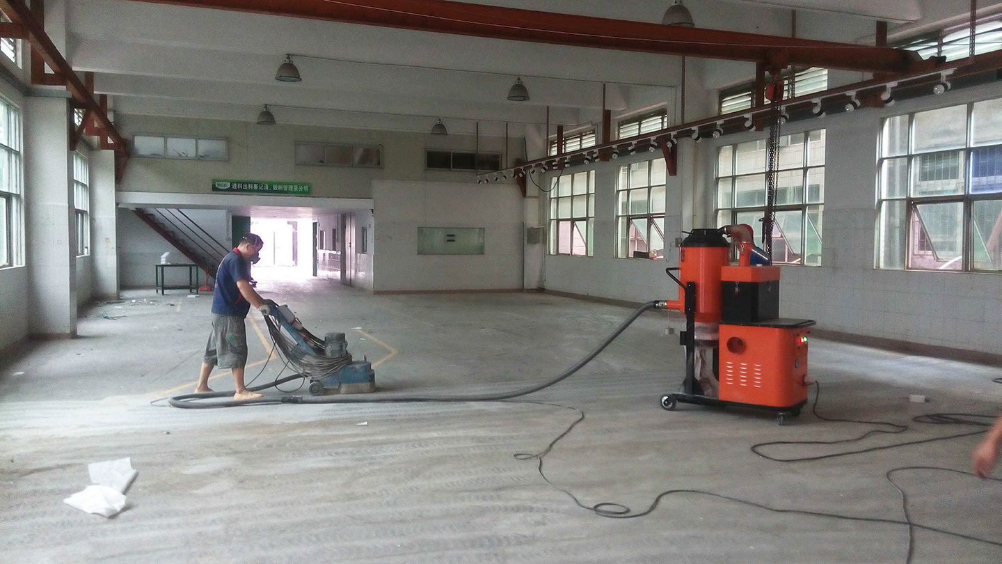 floor grinding with vacuums